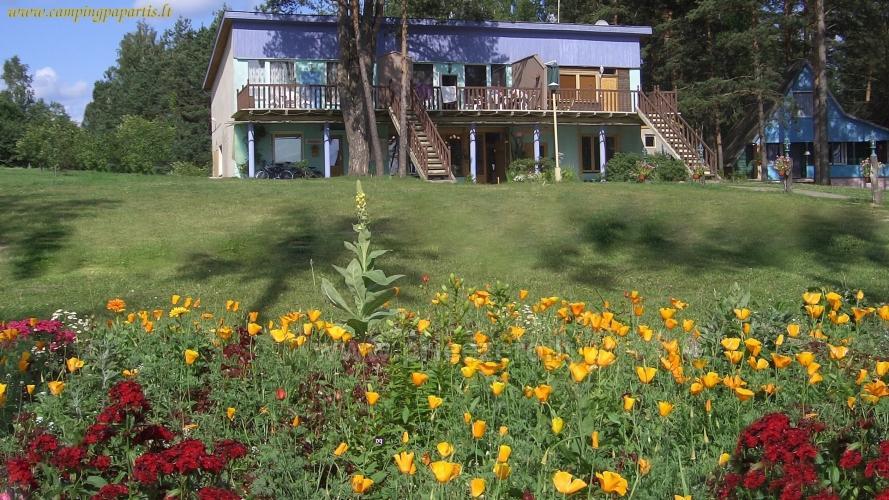 Apartamentai, kambariai, nameliai, kempingas Paežerės Papartis Molėtų rajone prie Bebrusų ežero - 1