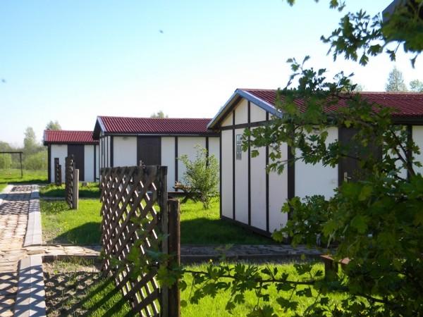 Namelių nuoma, kempingas Ventspilio rajone Vinkalni prie upės ir jūros - 1