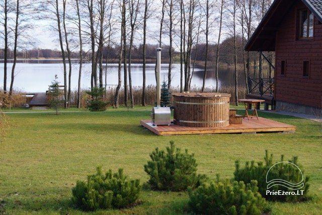 """Sodyba ant ežero kranto """"Vila Viesai"""" šventėms ir poilsiui, 9km iki TRAKŲ - 52"""