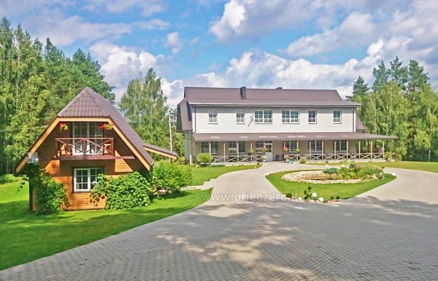 Namas su 100 vietų sale ir miegamaisiais