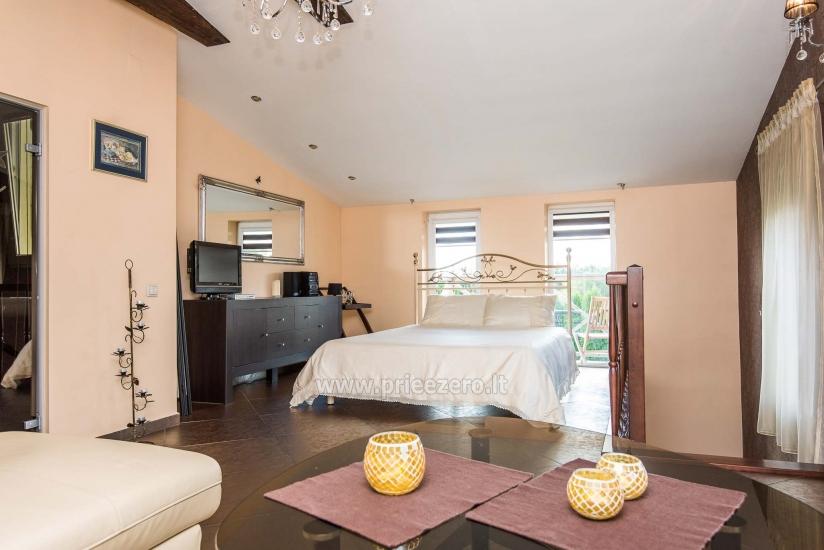 Puikūs apartamentai su turkiška pirtimi ir baseinu kieme - 17