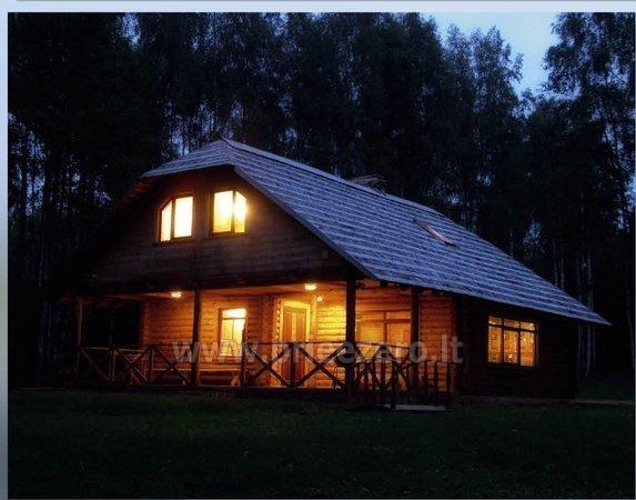 Kempingas Muižnieki Latvijoje prie ežero Usmas - 1