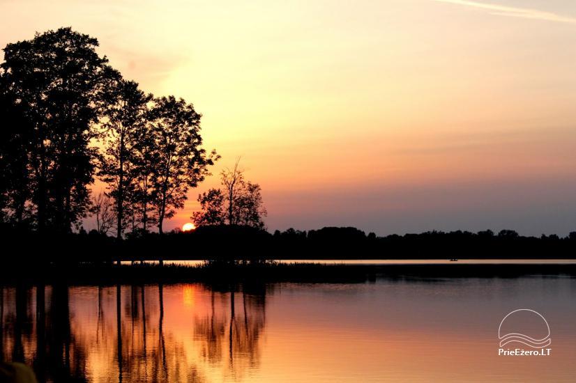Esina - poilsis ant Rubikių ežero kranto - 13