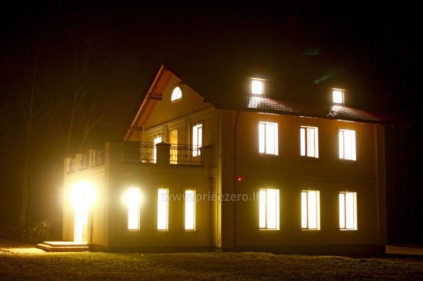 Svečių namai ir kempingas Latvijoje Leču muiža - 8