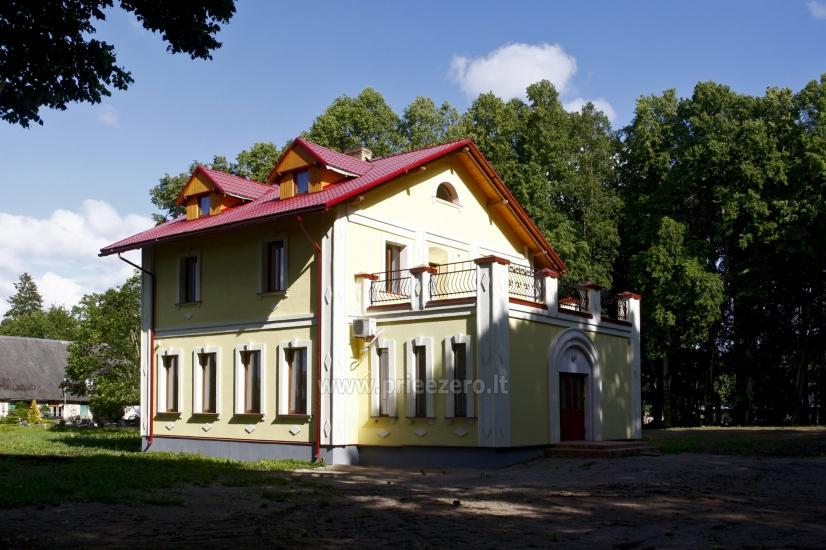 Svečių namai ir kempingas Latvijoje Leču muiža - 1