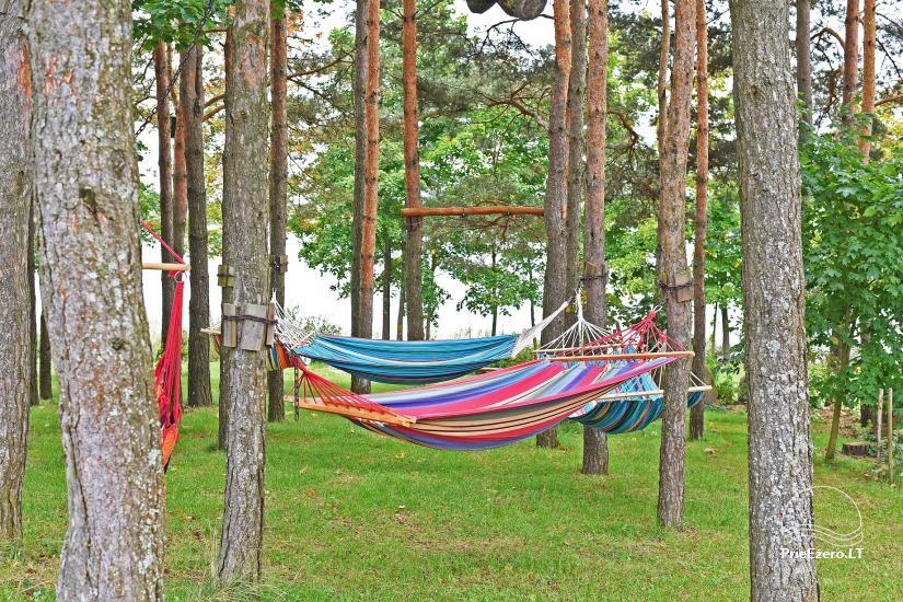 Jaukus namelis dviems su pirtele ant ežero kranto, sodyboje Pas Drambliuką - 9