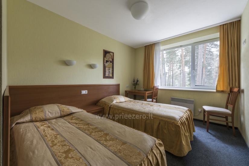 Standartiniai dviviečiai kambariai