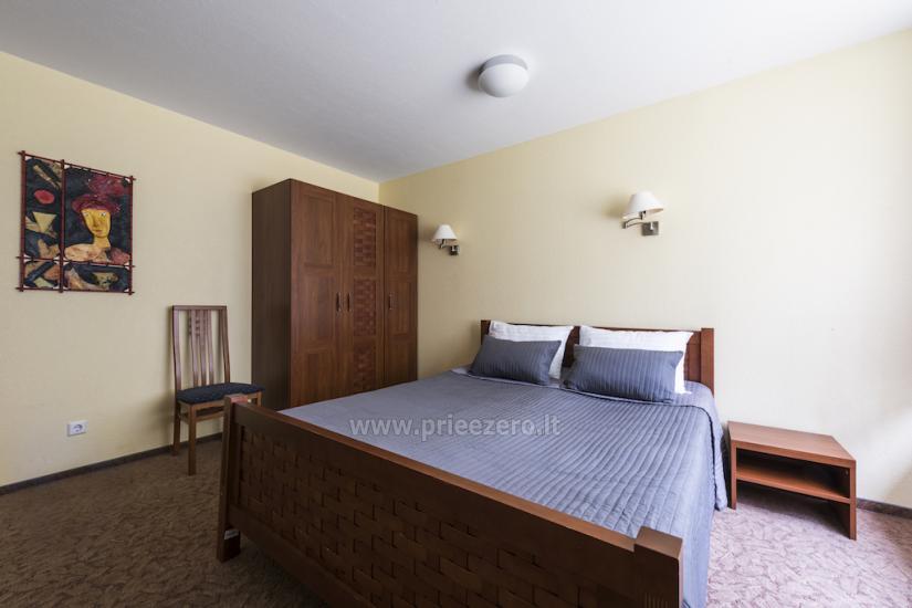 Deluxe dviviečiai kambariai