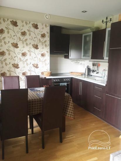Nauji dviejų kambarių apartamentai Druskininkų centre.Gražus vaizdas į vidinį kiemelį su baseinėliu, vaikų žaidimų aikštele - 4