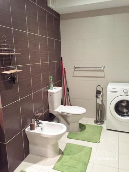 Nauji dviejų kambarių apartamentai Druskininkų centre.Gražus vaizdas į vidinį kiemelį su baseinėliu, vaikų žaidimų aikštele - 8