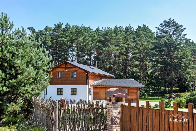 Svečių namas su pokylių sale ir kambariais