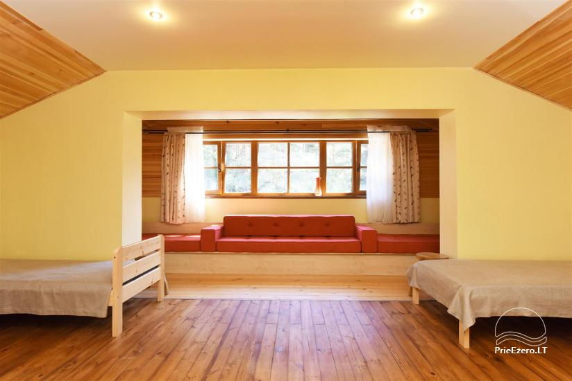 29 – Svečių namas su pokylių sale ir kambariais
