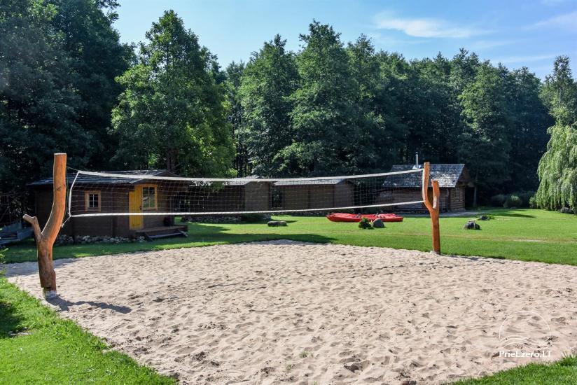 35 – Paplūdimio tinklinio aikštelė sodybos teritorijoje
