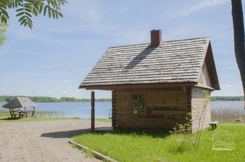 """""""Dvarčėnų ežero kranto"""" sodyba prie Daugų ežero - 1"""