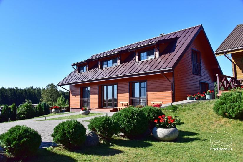 Svečių namai Trakuose PANORAMA – kambariai, apartamentai, salė, pirtis kiemas su vaizdu į Trakų pilį - 1