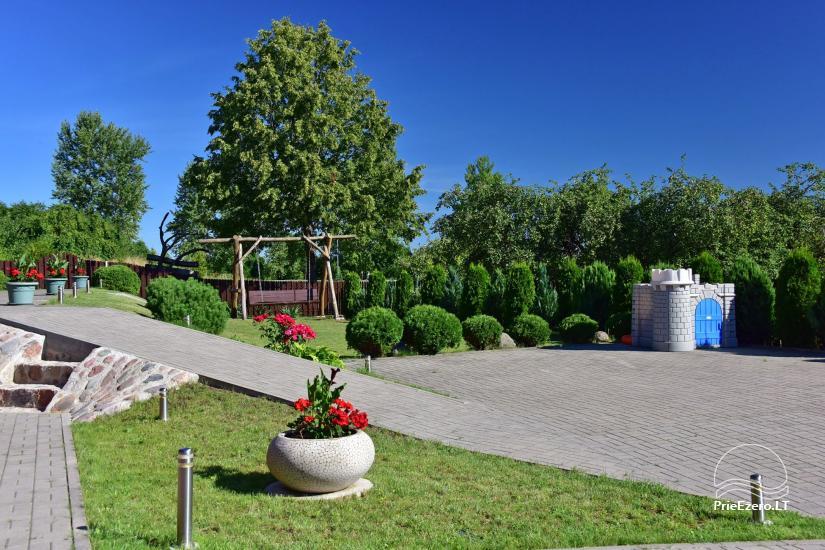 Svečių namai Trakuose PANORAMA – kambariai, apartamentai, salė, pirtis kiemas su vaizdu į Trakų pilį - 6
