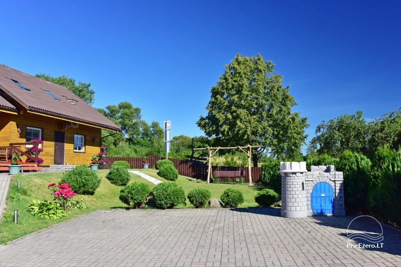 Svečių namai Trakuose PANORAMA – kambariai, apartamentai, salė, pirtis kiemas su vaizdu į Trakų pilį - 3