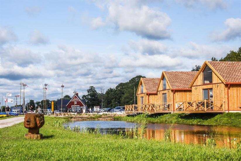 Drevernos kempingas Klaipėdos rajone: nameliai, vandens pramogos, uostas - 3