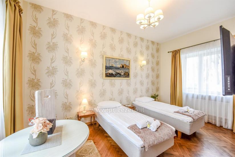 KUBU svečių namai Klaipėdoje. Moderniai įrengti apartamentai, yra sukūrinė vonia, pirtis - 13