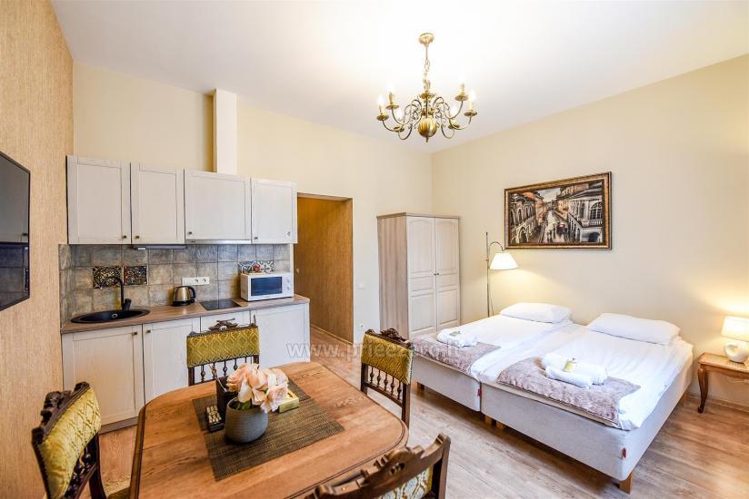 KUBU svečių namai Klaipėdoje. Moderniai įrengti apartamentai, yra sukūrinė vonia, pirtis - 16