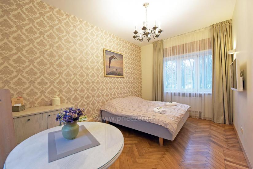 KUBU svečių namai Klaipėdoje. Moderniai įrengti apartamentai, yra sukūrinė vonia, pirtis - 18