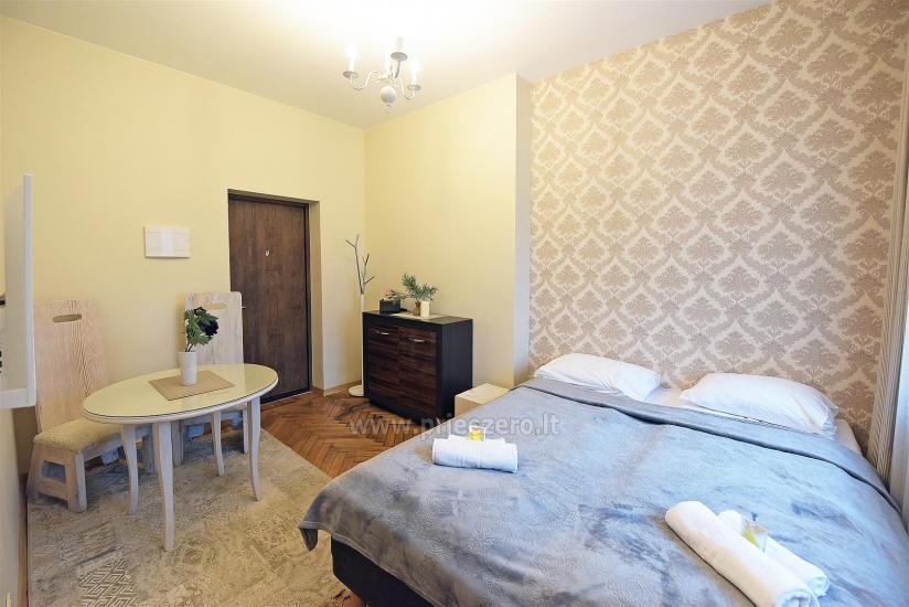 KUBU svečių namai Klaipėdoje. Moderniai įrengti apartamentai, yra sukūrinė vonia, pirtis - 22