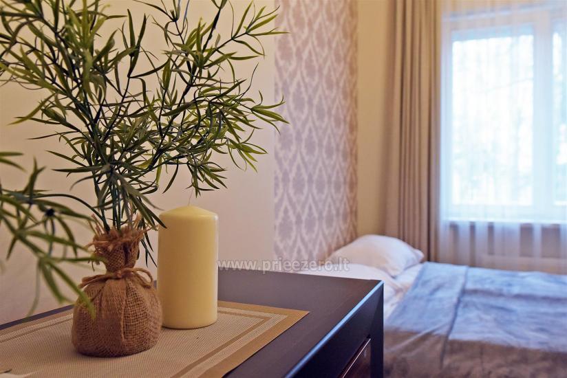 KUBU svečių namai Klaipėdoje. Moderniai įrengti apartamentai, yra sukūrinė vonia, pirtis - 23