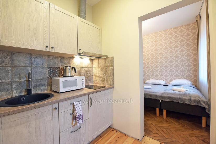 KUBU svečių namai Klaipėdoje. Moderniai įrengti apartamentai, yra sukūrinė vonia, pirtis - 24