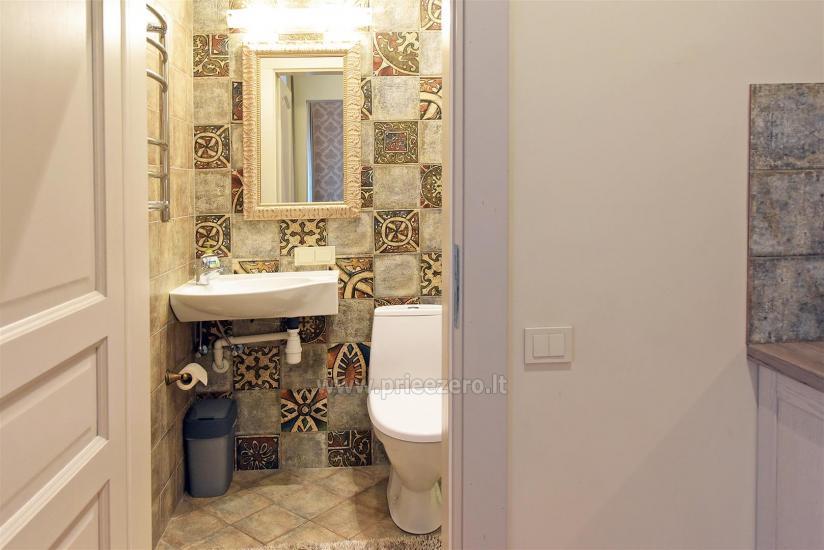 KUBU svečių namai Klaipėdoje. Moderniai įrengti apartamentai, yra sukūrinė vonia, pirtis - 25