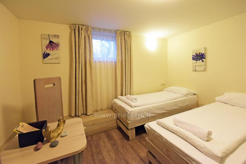 KUBU svečių namai Klaipėdoje. Moderniai įrengti apartamentai, yra sukūrinė vonia, pirtis - 28