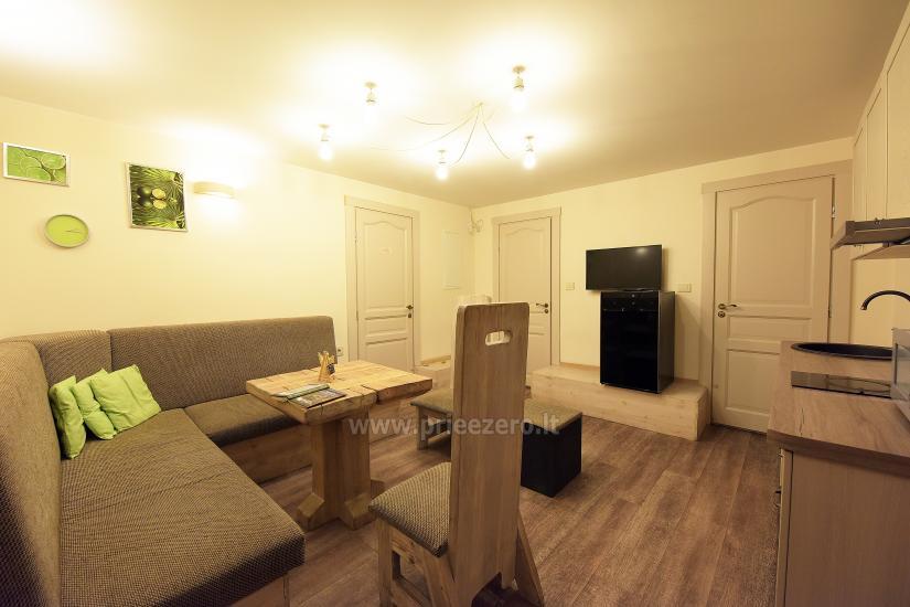 KUBU svečių namai Klaipėdoje. Moderniai įrengti apartamentai, yra sukūrinė vonia, pirtis - 32