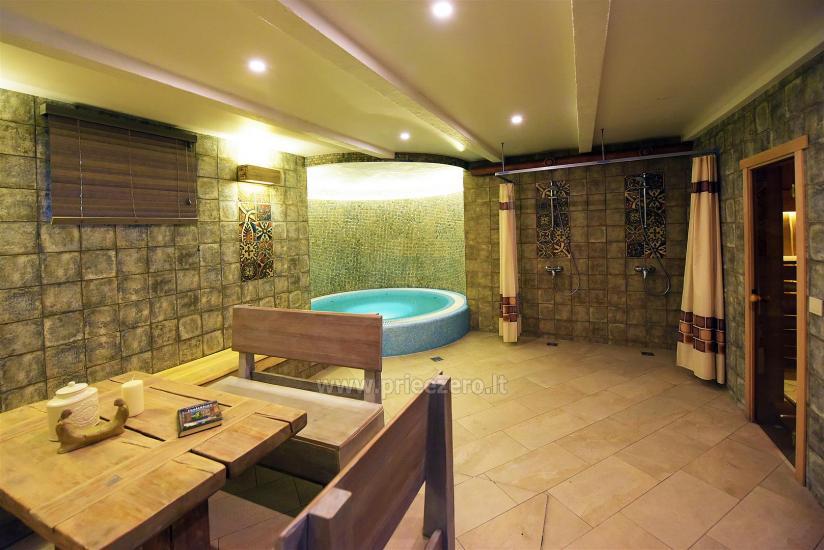 KUBU svečių namai Klaipėdoje. Moderniai įrengti apartamentai, yra sukūrinė vonia, pirtis - 48