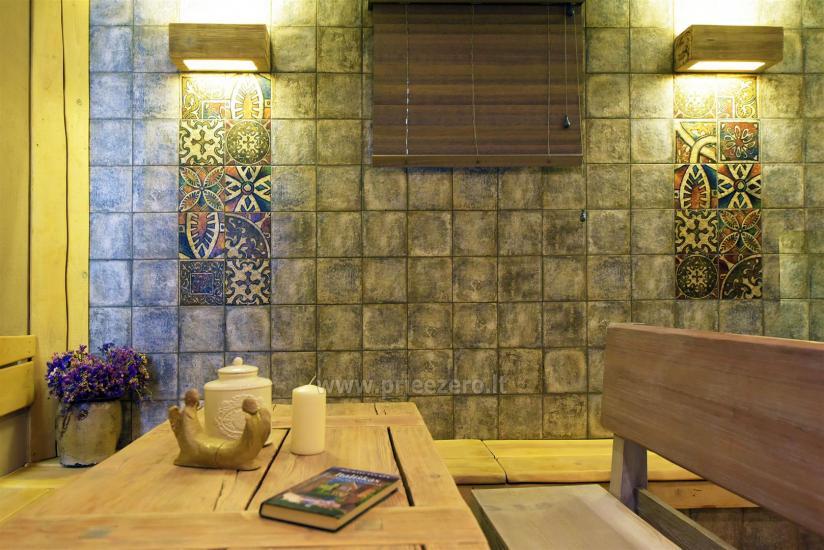 KUBU svečių namai Klaipėdoje. Moderniai įrengti apartamentai, yra sukūrinė vonia, pirtis - 53