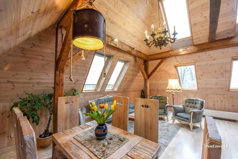 KUBU svečių namai Klaipėdoje. Moderniai įrengti apartamentai, yra sukūrinė vonia, pirtis - 35