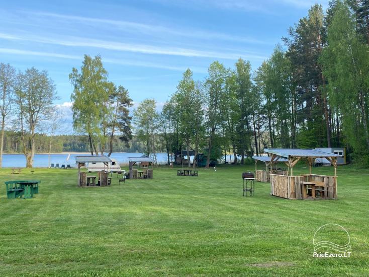 Juodakampio stovyklavietė ant Siesarties ežero kranto - 4