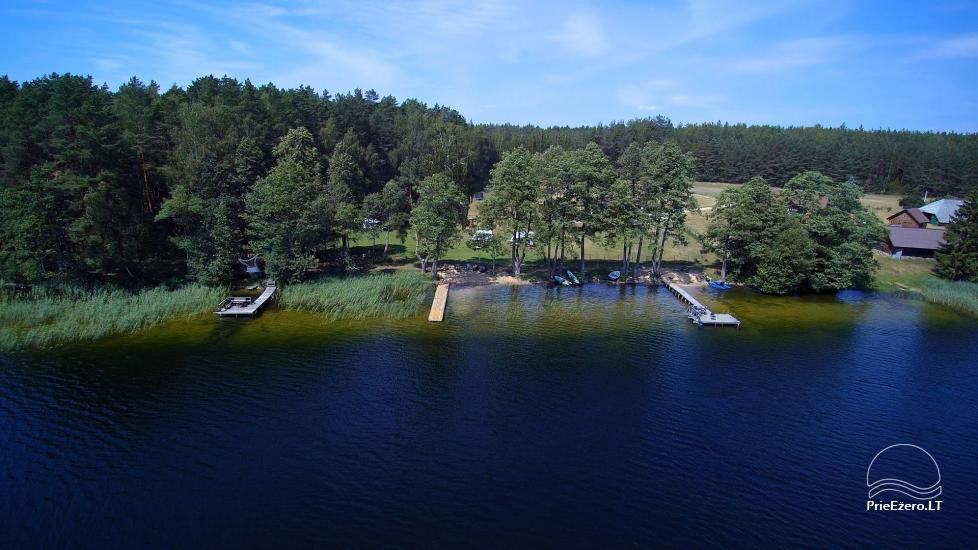 Juodakampio stovyklavietė ant Siesarties ežero kranto - 1