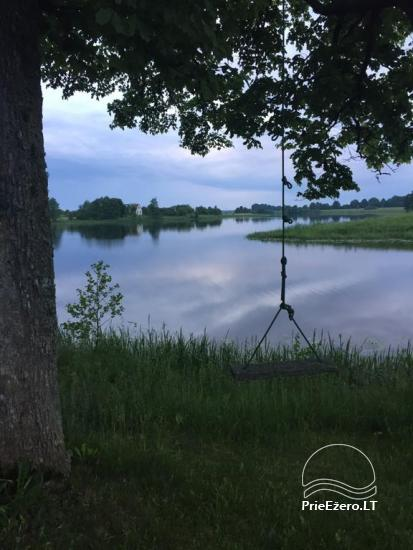 Sodybos nuoma Jurbarko rajone su nedideliu ežeru kieme - 11