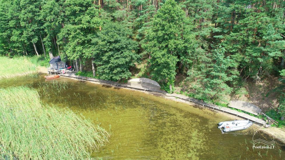 Namelis dviems prie ežero (šildomom grindim), romantiška nakvynė, žvejyba - 11