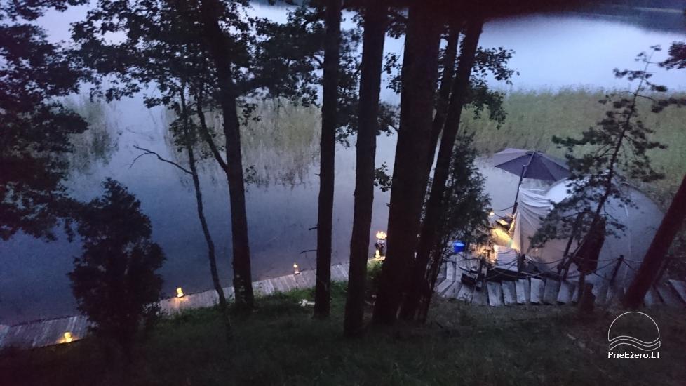 Namelis dviems prie ežero (šildomom grindim), romantiška nakvynė, žvejyba - 8