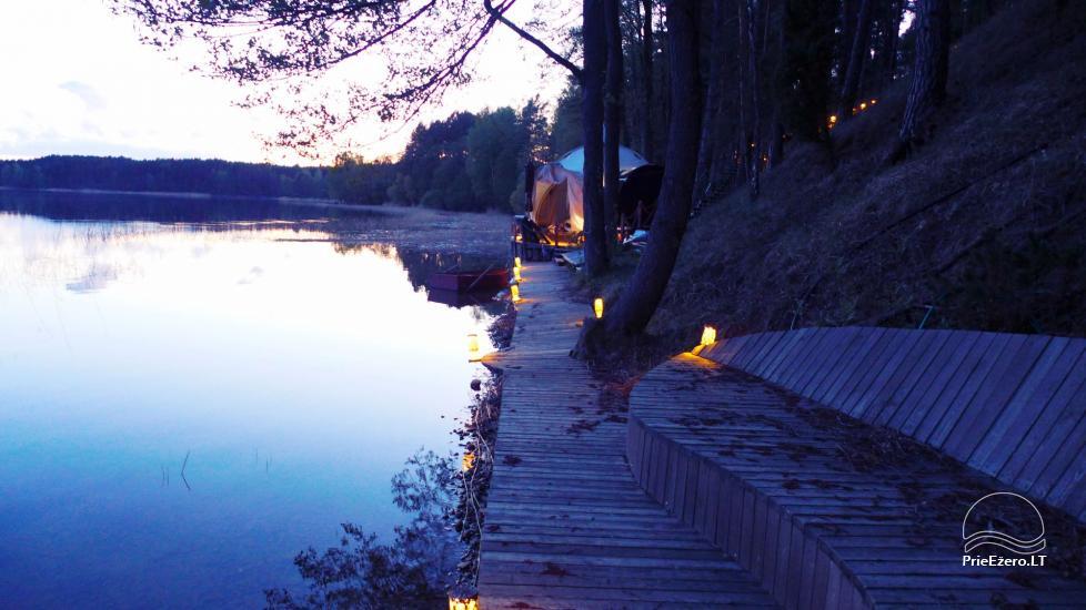 Nameliai dviems prie ežero (šildomomis grindimis), romantiška nakvynė, žvejyba - 10