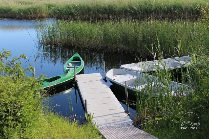 Svečių namai ramioje vietoje ant Papės ežero kranto, šalia jūros - Lejnieki - 1