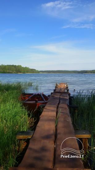 Poilsis ežero pakrantėje - 1