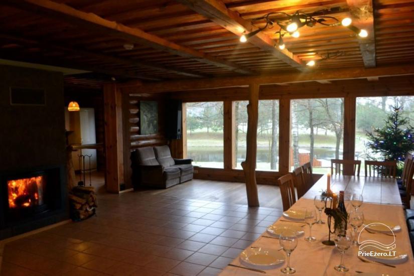 Survilų sodyba prie Šveicarijos tvenkinio: apgyvendinimas, futbolo golfas, disko golfas, kopimo uola, basakojų takas - 6