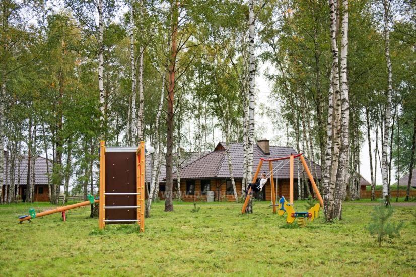 Rąstiniai nameliai, vilos prie Palangos - Atostogų parkas - 17