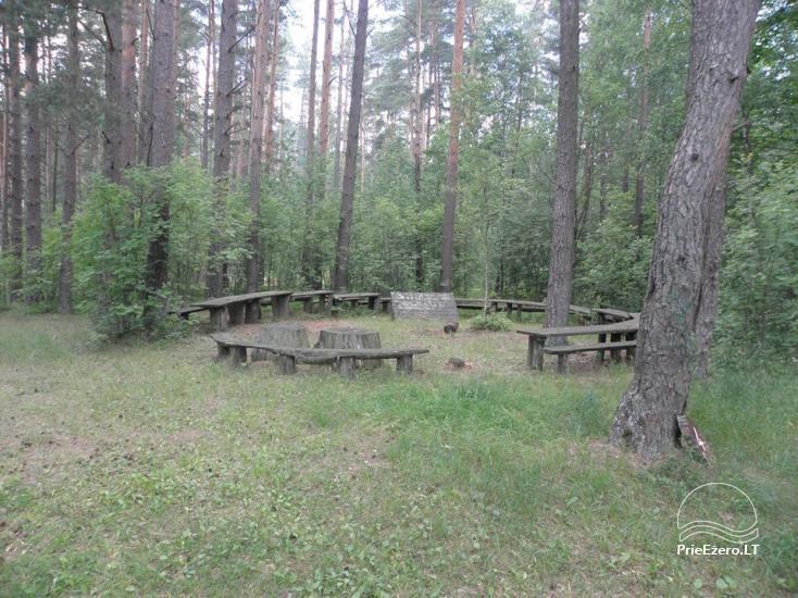 Stovyklavietė Siesartis: namelių nuoma, vietos palapinėms, kemperiams - 35
