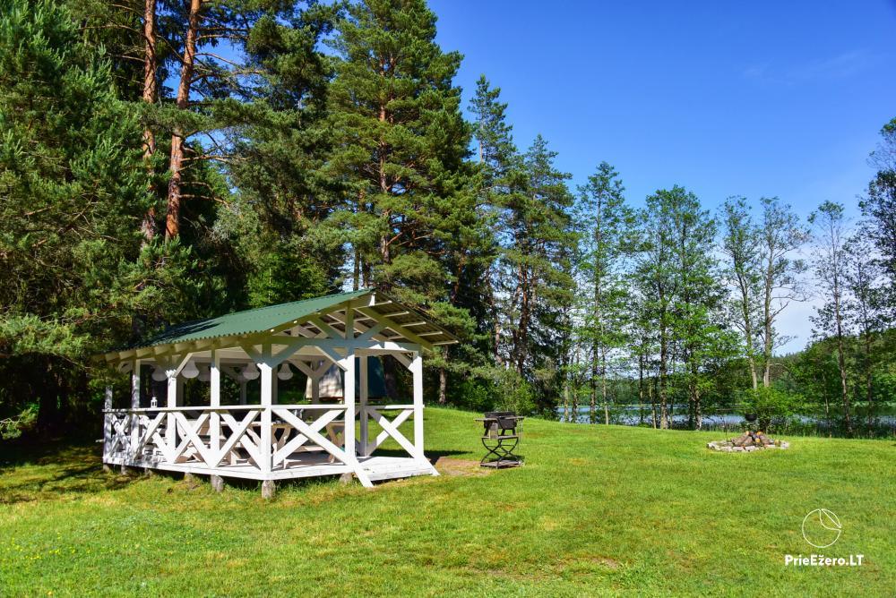 Poilsio nameliai dviems ant Žeimenio ežero kranto - 24
