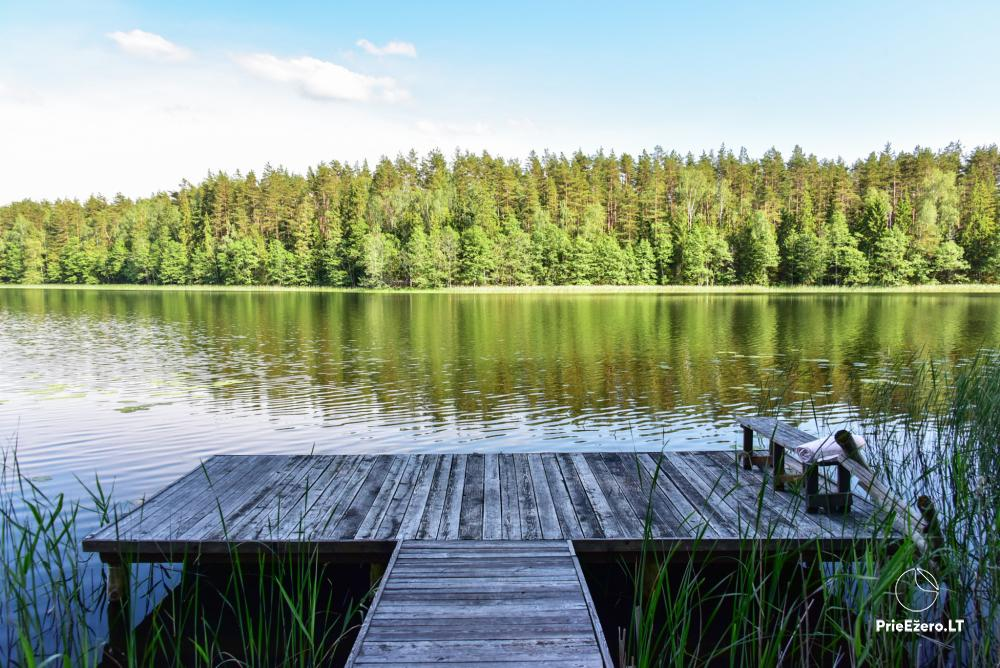 Poilsio nameliai dviems ant Žeimenio ežero kranto - 12