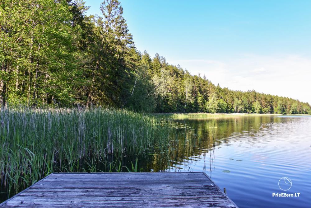 Poilsio nameliai dviems ant Žeimenio ežero kranto - 18