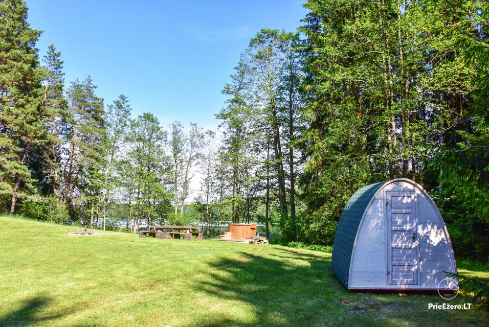 Poilsio nameliai dviems ant Žeimenio ežero kranto - 8