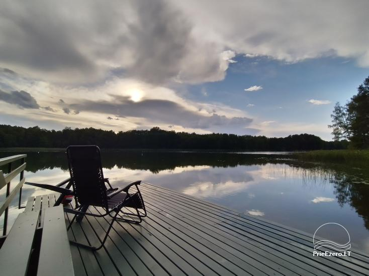 """""""Vilko namai"""" ant Uolio ežero kranto - 1"""